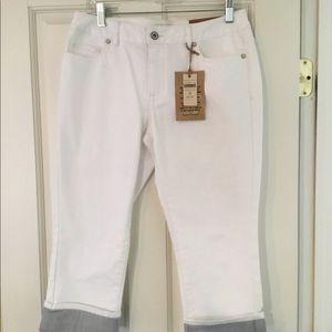 New Coldwater Creek White Cropped Leg Jean